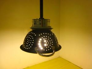 p2_colander_lamp_04